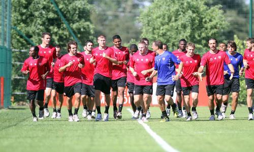 voetbaltraining a-elftal Valenciennes